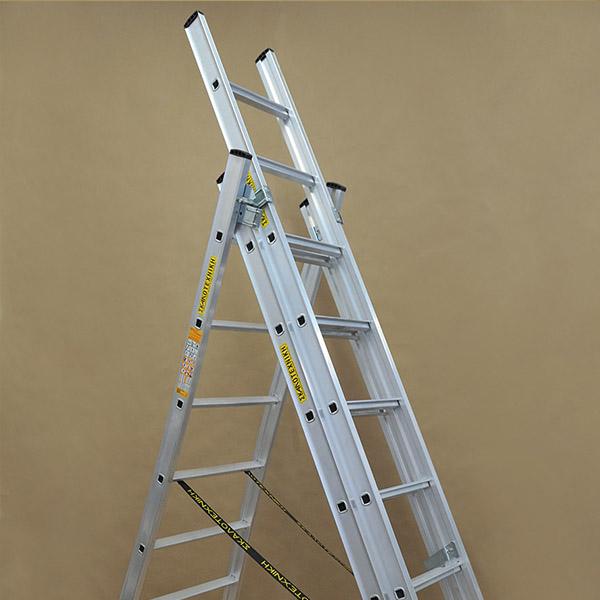Επαγγελματική σκάλα αλουμινίου τριών τεμαχίων